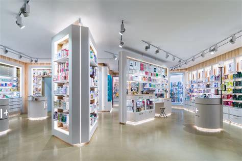 Sho Metal Di Apotek pharmacy 187 retail design