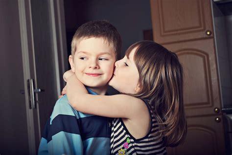 wallpaper cute girl and boy boy girl kiss wallpapers group 55