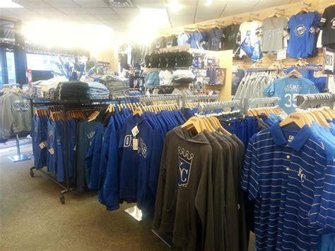 rally house kc rally house plaza shop royals chiefs jayhawks and tigers more of your favorite teams