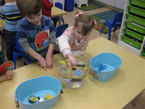 preschool science sink or float no time for flash creative tots preschool blog