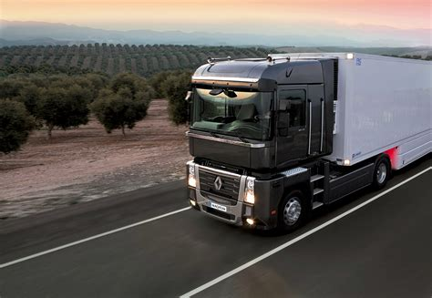 renault trucks magnum renault trucks corporate press files about renault trucks