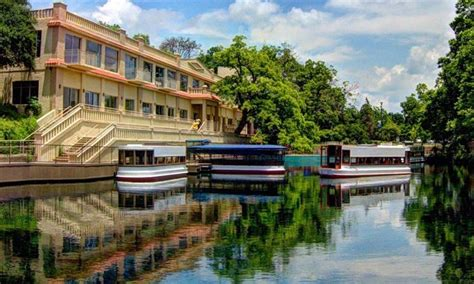glass bottom boat tours new braunfels glass bottomed boat tour the meadows center groupon