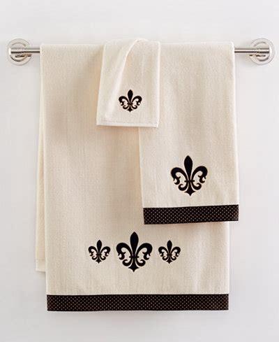 fleur de lis bathroom accessories avanti fleur de lis fingertip towel bathroom accessories