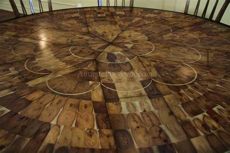 large round walnut dining room table with leaves seats 6 large round walnut dining room table with leaves seats 6
