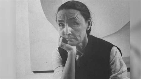 artist mini biography georgia o keeffe painter biography com