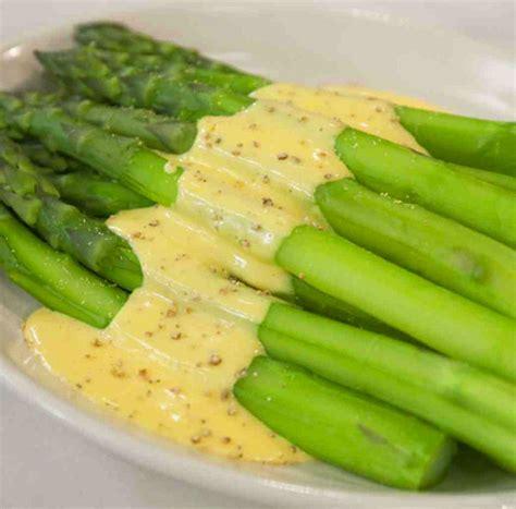 cucinare gli asparagi verdi cucinare gli asparagi