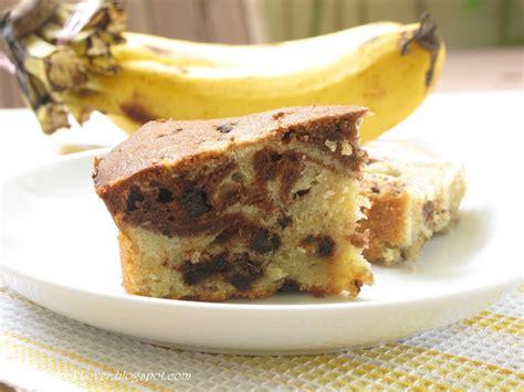 cucinare torta di banane ricetta torta di banane e cioccolato