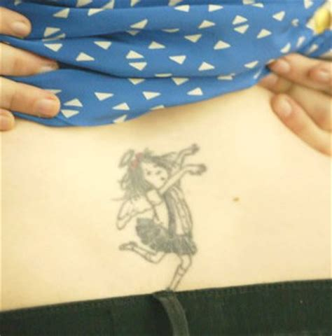 Eloise Tattoo | lena dunham explains inspiration behind eloise back tattoo