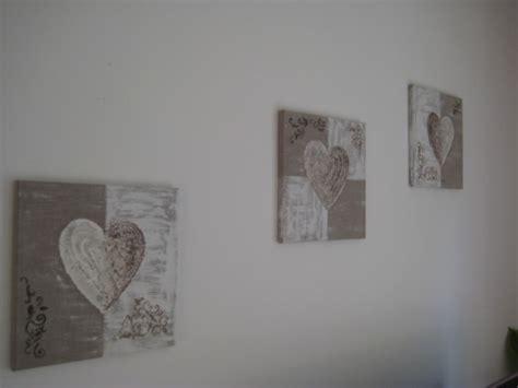 tableau pour chambre romantique tableau triptyque quot romantique quot beige et blanc b deco