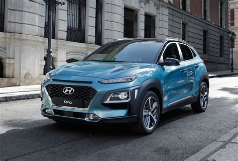 hyundai crossover hyundai kona shows other crossovers how it s done at iaa