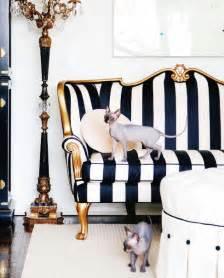 white and gold sofa design ideas