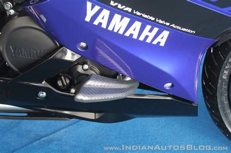 yamaha yzf   track ride review frame slider