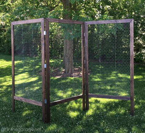 diy folding display with chicken wire chicken wire