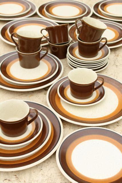 brown pattern dinnerware 70s mod vintage imperial japan stoneware mocha brown