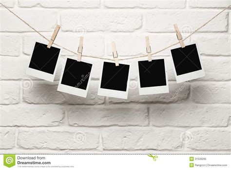 photo hanging blank photos hanging on a clothes line stock image image 31539295