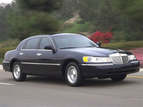 lincoln car 2006 lincoln town car review top speed