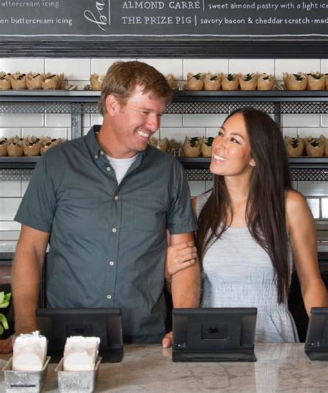 chip and joanna gaines contact chip joanna gaines photo the hollywood gossip