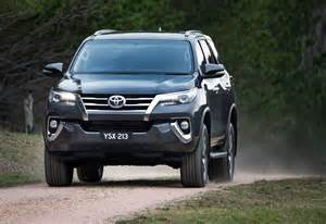 new fortuner car new toyota fortuner photo gallery car gallery suv