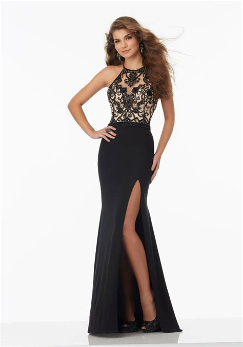 Simple Elegant Evening Gowns With Sleeves