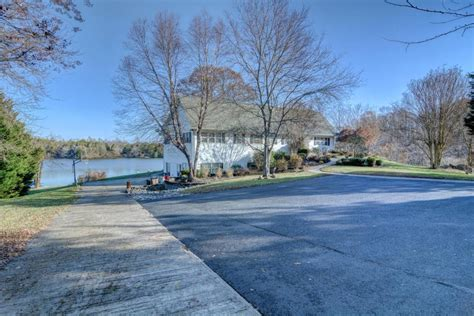 boats for sale in lake anna va sunset team lake anna virginia lake homes realty current