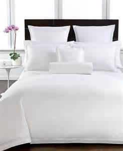 1000 ideas about hotel collection bedding on