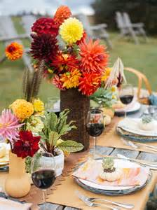 Easy To Make Fall Decorations Fall Entertaining Idea Farm To Table Dinner Party Hgtv
