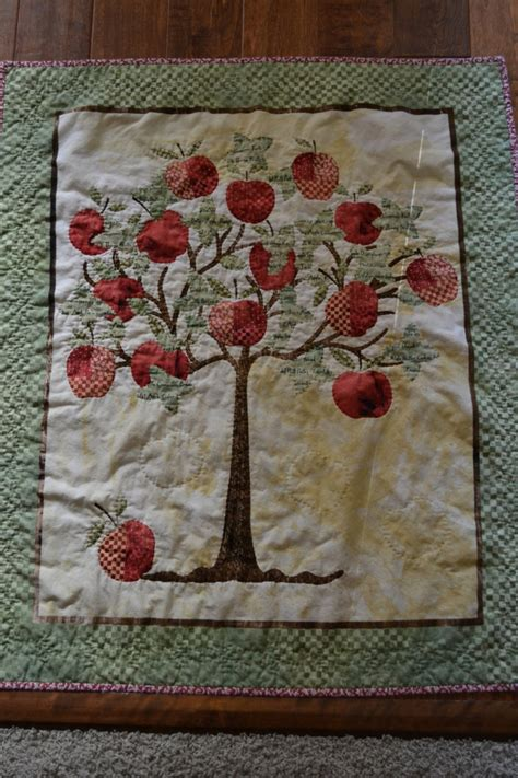 Tree Quilts by Apple Tree Quilt Quilts