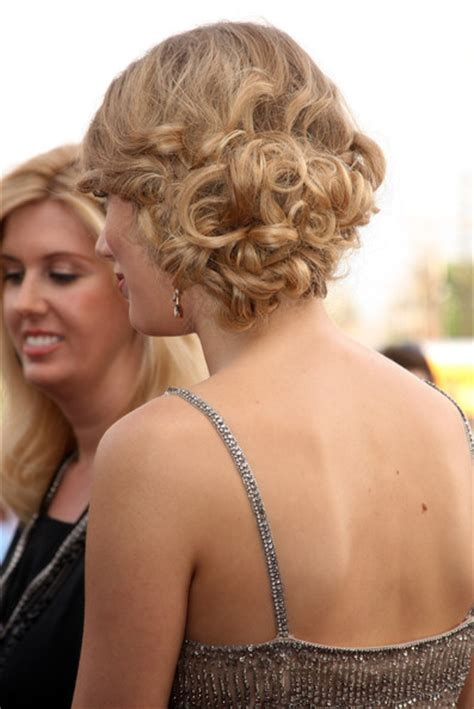 taylor swift updo back view taylor swift hair messy bun newhairstylesformen2014 com