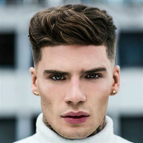 hairstyles for men with round head what haircut should i get