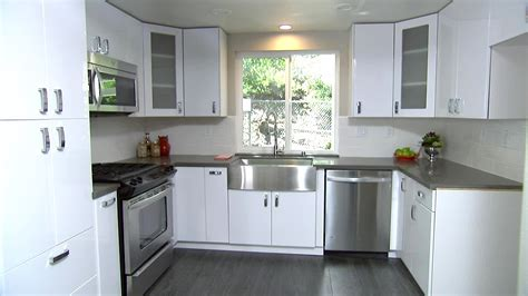 Best Color For Kitchen Cabinets by Top Kitchen Cabinet Color Ideas With White Appliances That