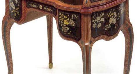 come valutare un mobile antico valutare i mobili antichi cura dei mobili valutare i