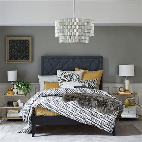 Navy And Yellow Bedroom Decor by Beautiful Navy Blue Bedrooms To Inspire Your Master Suite