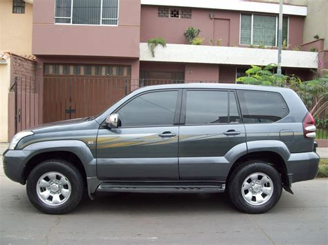 land cruiser 2005 2005 toyota land cruiser information and photos momentcar