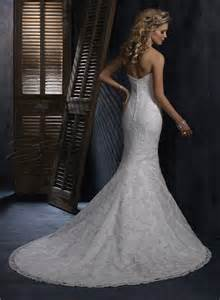 Organza mermaid strapless sweetheart fit and flare wedding dress