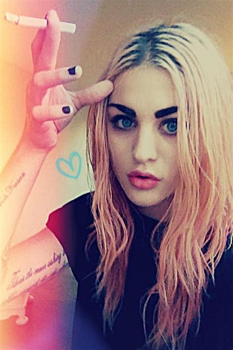 frances cobain tattoos frances bean frances bean cobain fan 32312060 fanpop