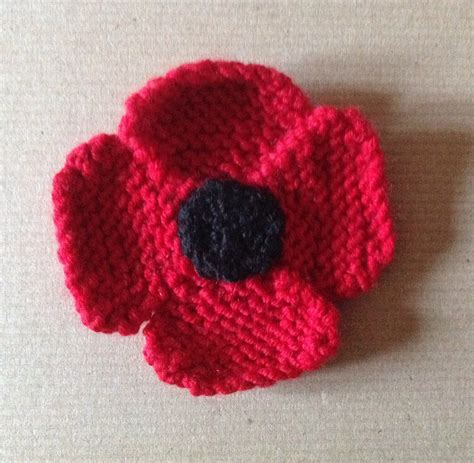 knitting pattern red poppy october monthly project knitted remembrance poppy