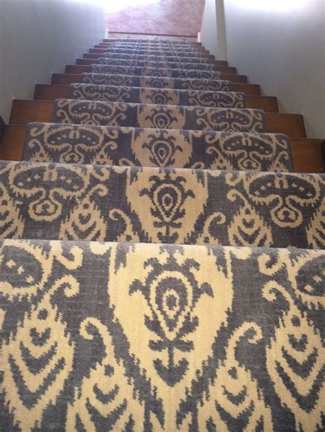 carpet into rug 81 best images about stair runners on mesas carpets and runners
