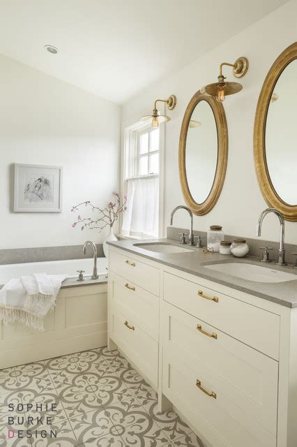 White Vanity With Brass Pulls Transitional Bathroom White And Gold Bathroom Ideas