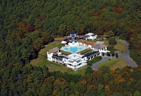 Birdman S House Stunna Island by Setsuo Ito S Quot Island In The Sky Quot Lists In Ny For 10