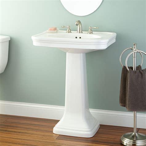 melus pedestal sink bathroom