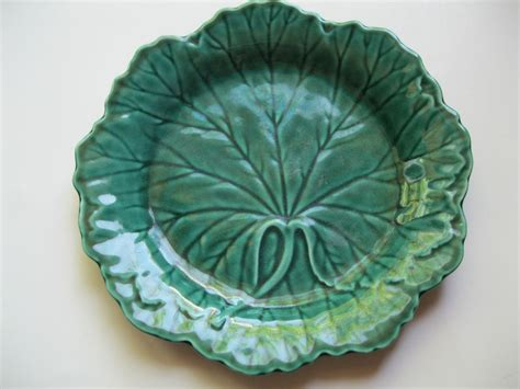 Leaf Plates 1 vintage wedgwood majolica green leaf plate the midas touch ruby