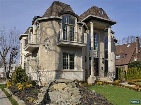 opulent  build  fort lee nj homes   rich