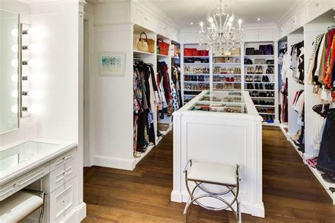 big closets in bedrooms 415 best images about just get me a really big closet