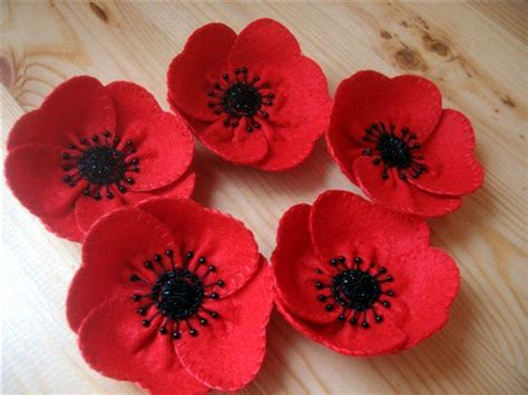 pattern for felt poppy felt poppy tutorial good pictures to follow how to make