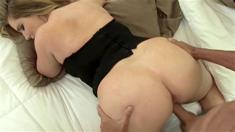 Milf With Big Ass Fucked In Doggystyle When Husband Was At
