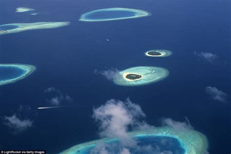 Maldives Islands Sinking by From Venice To The Maldives The Tourist Attractions