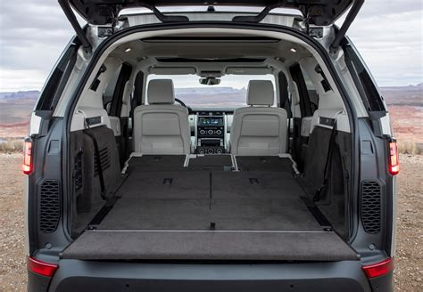 Sepatu Boot Land Rover land rover discovery review parkers