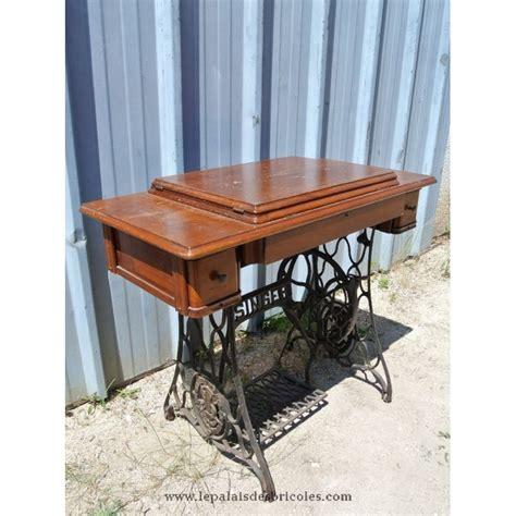 table pour machine a coudre ancienne table de machine 224 coudre singer pour bureau le