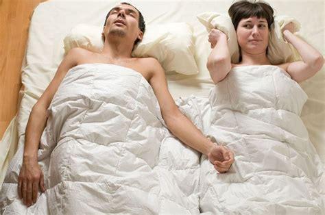 cuscino per non russare come smettere di russare consigli pratici consigli per
