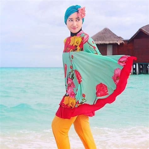 Baju Renang Berjilbab gaya cantik untuk vakansi ke pantai tanpa perlu til pakai